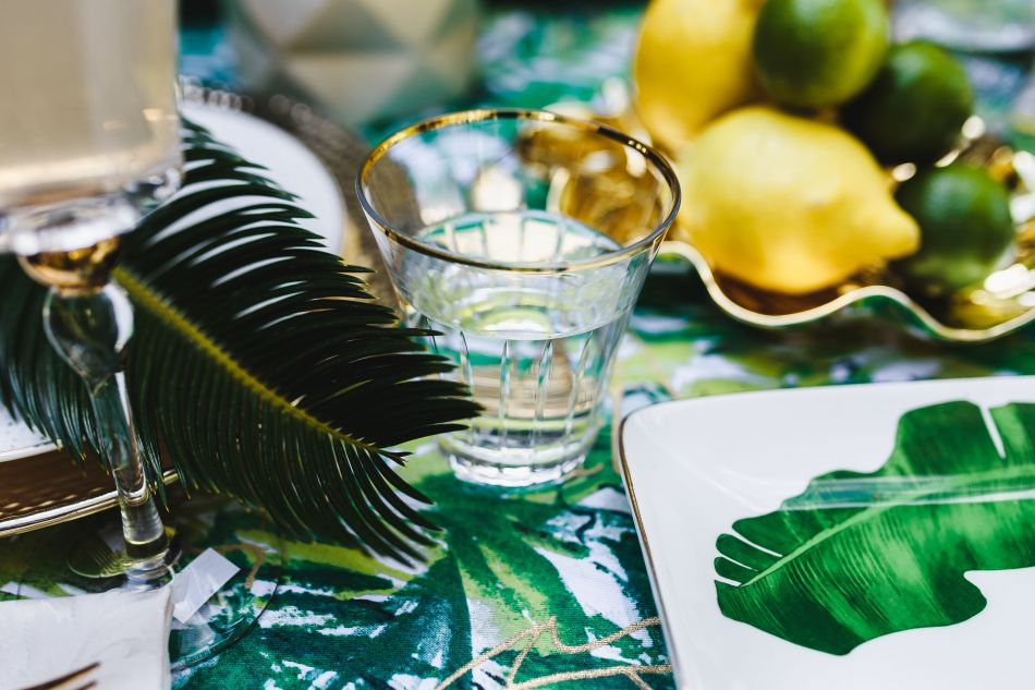 4 Simple Tricks To Surprise Your Friends With an Amazing Exotic Garden Party!